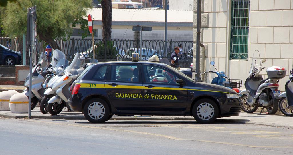 GUARDIA DI FINANZA 250712 CPS