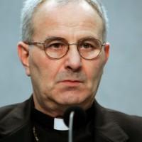 Monsignor Giampaolo Crepaldi , segretario del pontificio Consiglio della Giustizia e della Pace