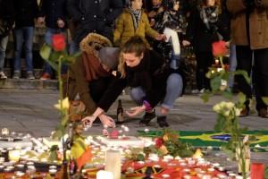 Bruxelles omaggio vittime
