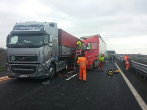 incidente tamponamento camion