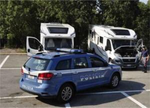 polizia camper