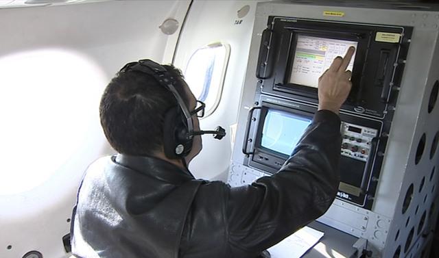 Velivolo ATR42 della Guardia Costiera per i sorvoli di telerilevamento di tetti e coperture in amianto - Ronchi dei Legionari 12/04/2016