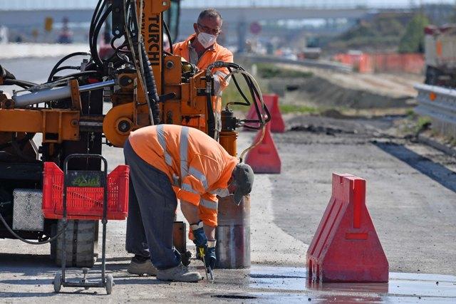 Riapertura dei cantieri e ripresa dei lavori per la III corsia. Cantiere di Pampaluna, Porpetto operazione di carotaggio. (Foto Simone Ferraro)